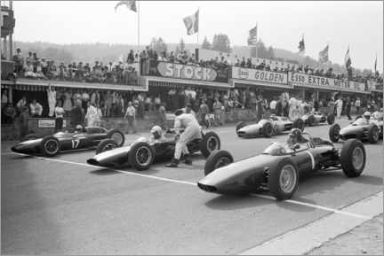 Acrylglas print  Graham Hill, Bruce McLaren and Trevor Taylor on the starting grid, 1962