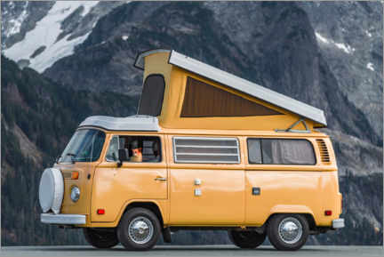 Premium poster Camping bus in front of a mountain landscape