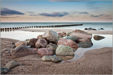 Gallery print  Stones and groynes on shore of the Baltic Sea. - Rico Ködder