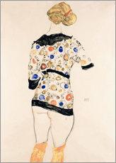 Muursticker  Standing Woman in a Patterned Blouse - Egon Schiele
