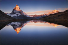 Hout print  Matterhorn with reflection in the mountain lake - The Wandering Soul