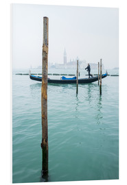 PVC print  Gondolier with his gondola on the water in Venice in fog - Jan Christopher Becke