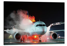 Aluminium print  De-icing of an Airbus A320 - HADYPHOTO