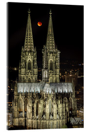 Acrylglas print  Blood moon shines over Cologne Cathedral - rclassen