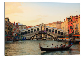 Aluminium print  Rialto bridge at sunset with gondola, Venice, Italy - Matteo Colombo