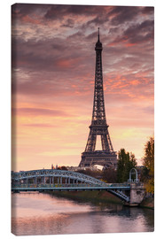 Canvas print  River Seine and Eiffel tower at sunrise, Paris, France - Matteo Colombo