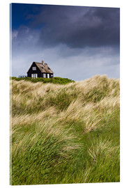 Acrylglas print  Cottage in the dunes during storm