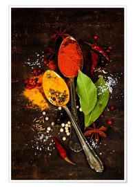 Premium poster  Bright spices on an old wooden board