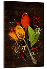 Hout print  Bright spices on an old wooden board