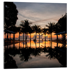Acrylglas print  Luxury infinity pool on the Gulf of Thailand