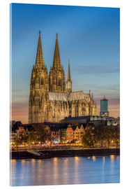 Acrylglas print  The Cologne Cathedral in the evening - Michael Valjak
