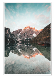 Premium poster Sunrise at the braies lake